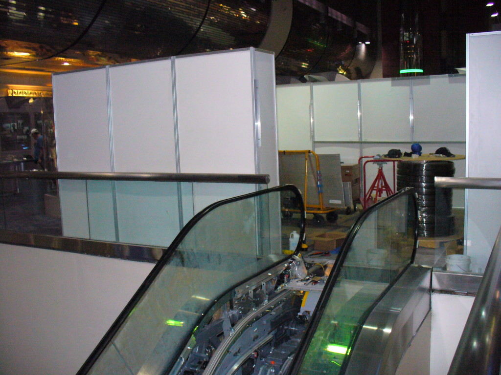 elevator escalator temporary walls 1